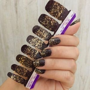 Color Street Best in Show Exclusive Nail Strips